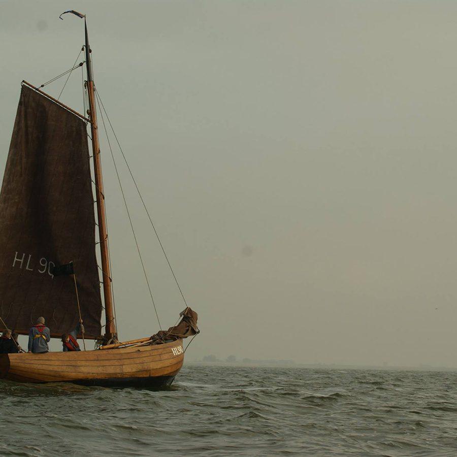 De HL90 tijdens de visserijdagen Workum